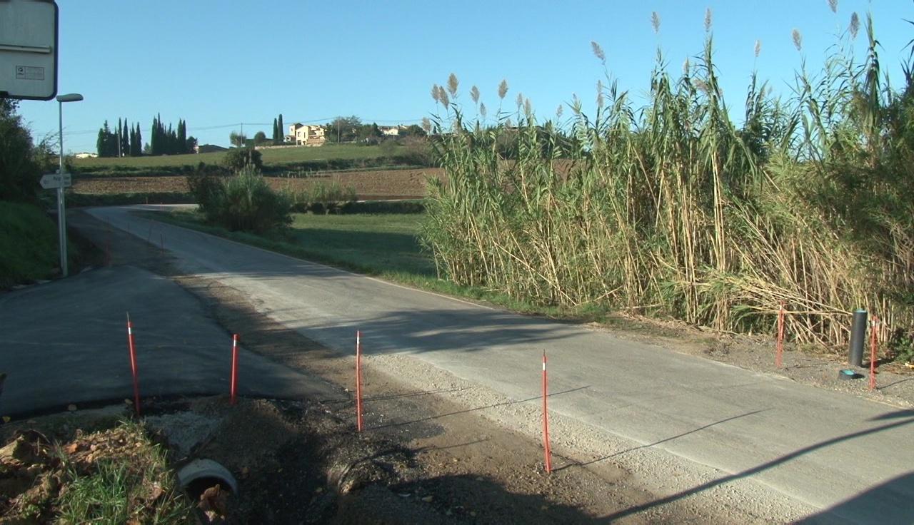 L'eixamplament de la carretera entre Banyoles i Galliners provoca talls de trànsit