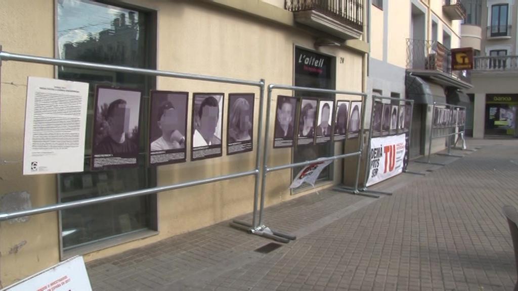 """L'exposició """"Presos polítics a l'Espanya contemporània"""", de Santiago Sierra, arriba a Banyoles"""
