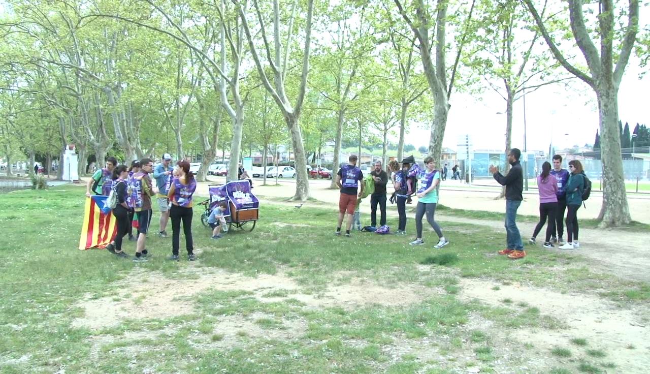 Una desena de famílies basco-catalanes del Pla de l'Estany se sumen a la Korrika