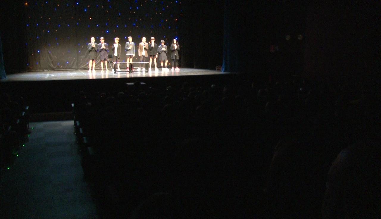 Un miler d'alumnes de primària participen a la XXIV Mostra de Teatre Escolar del Pla de l'Estany